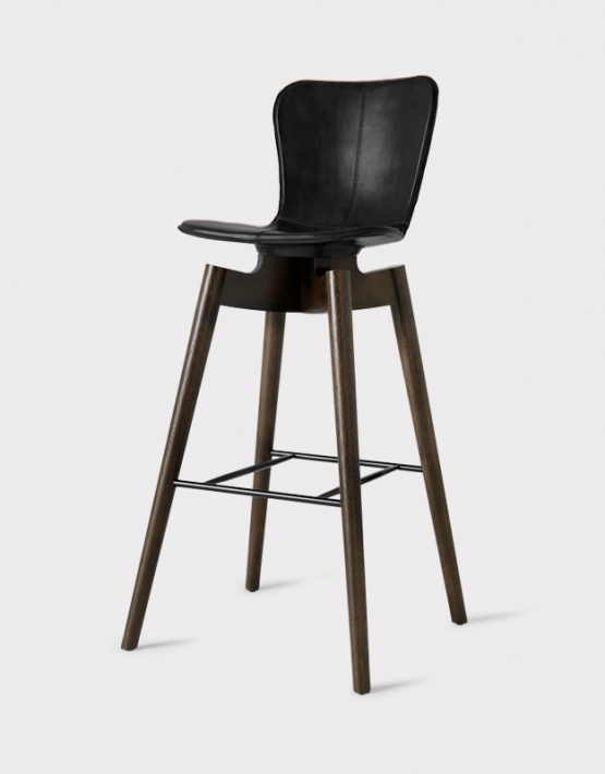 SHELL BARSTOOL MATER sgabello in legno e pelle : shellbarstoolblack75ef3eae 1220 4538 a084 62a60fd8ffb02048x2048 555x710 from www.nordictrends.com size 555 x 710 png 331kB