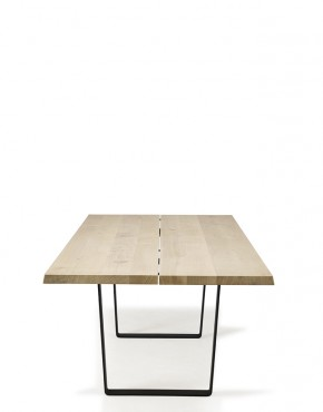 Lowlight Table by dk3