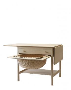 pp33 the sewing table design Hans J. Wegner