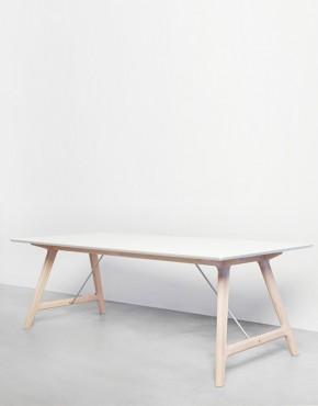T7_tavolo in legno allungabile