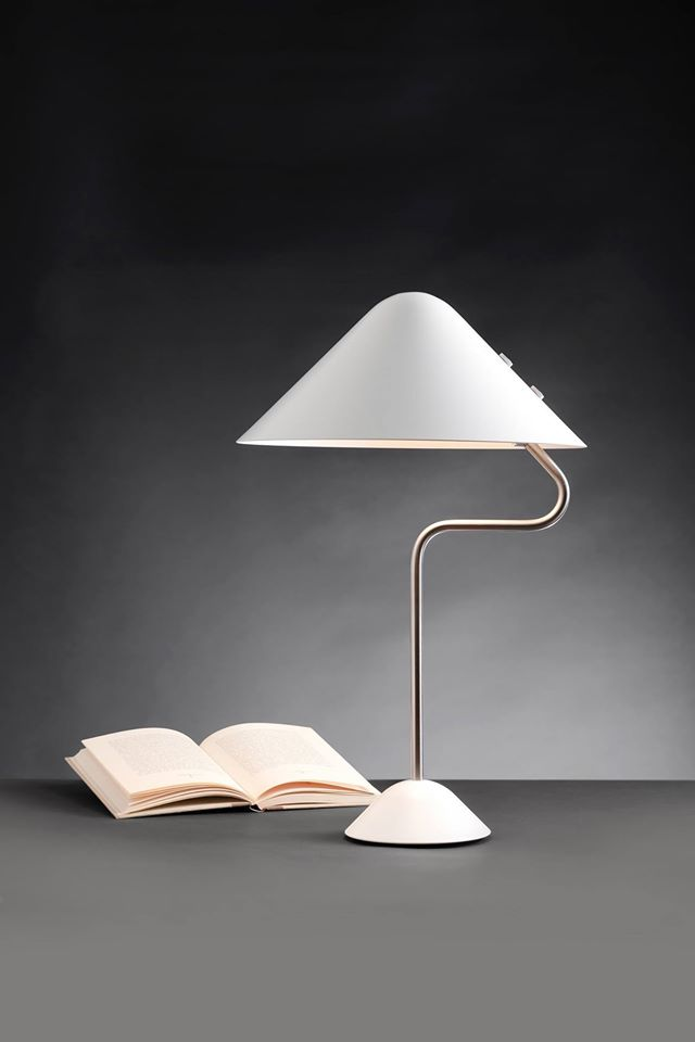 Vip Bend Lampada Da Tavolo Di Pandul