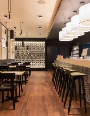 csm_Barmade_Restaurant_Brasserie_Lo__wen_Zug_04_756a5a4279