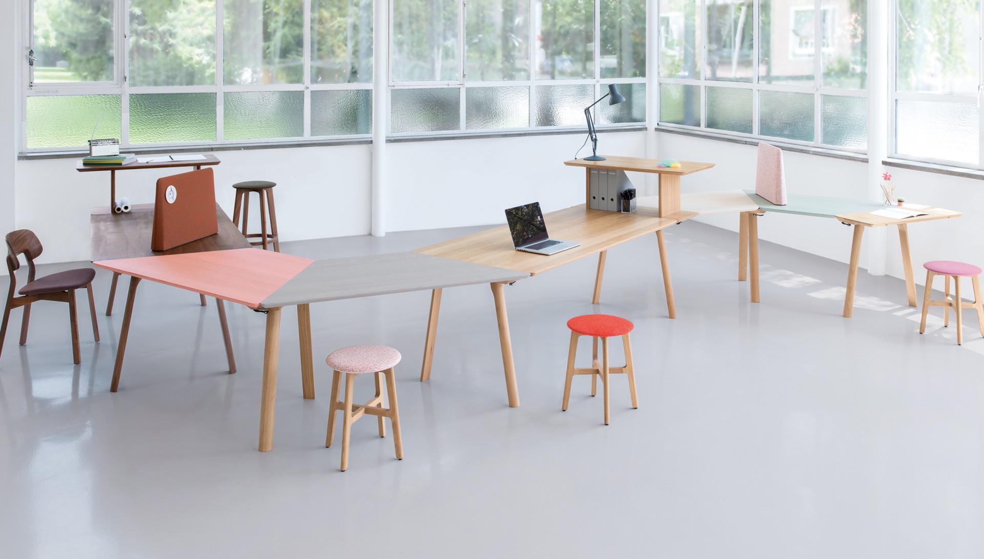 Tavoli Ufficio Design : Rail tavolo allungabile e modulare in legno massello by zeitraum
