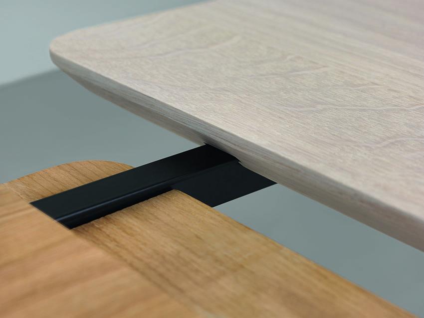 Rail tavolo allungabile in legno massello by zeitraum - Meccanismo per tavolo allungabile ...